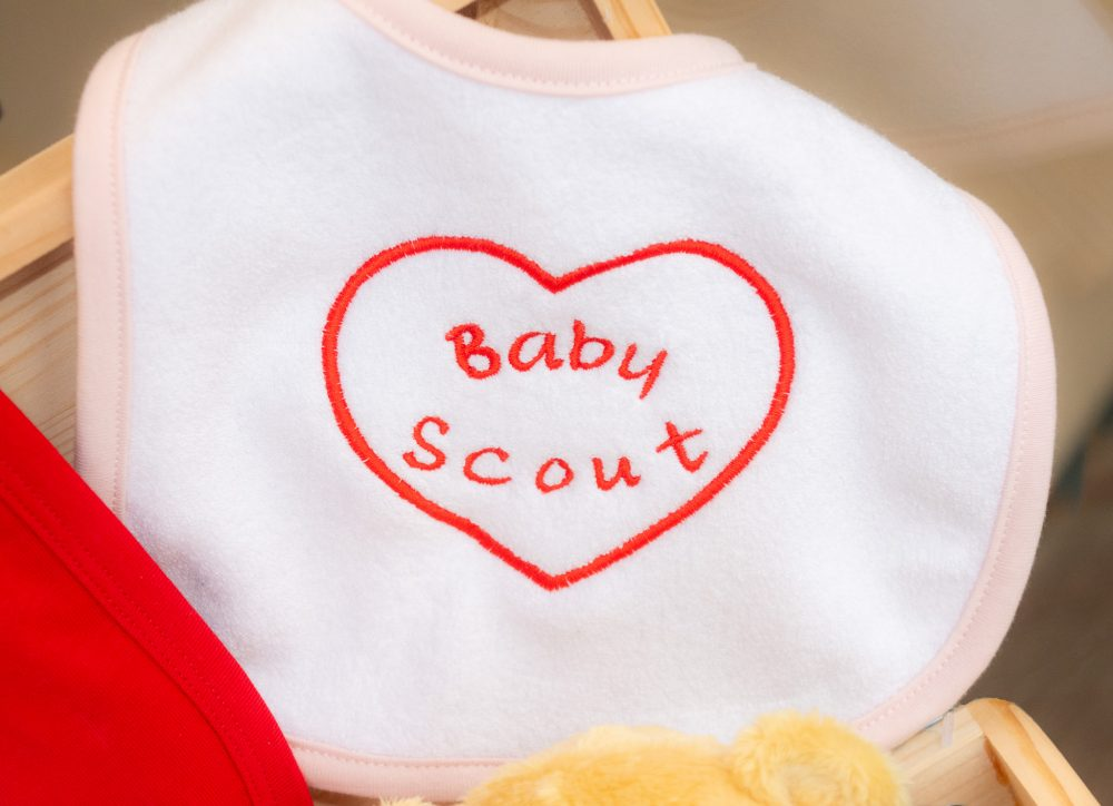 bavoir Baby Scout